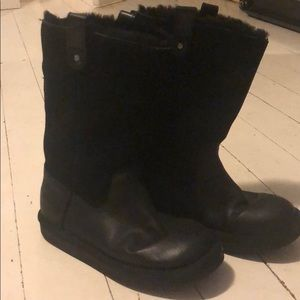 Size 4 black suede and leather zip up  UGGS.